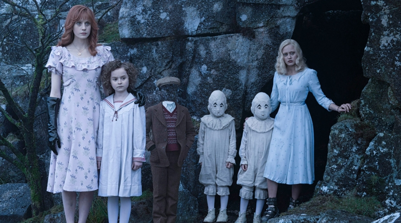 Miss Peregrine's Home for Peculiar Children-.JPG