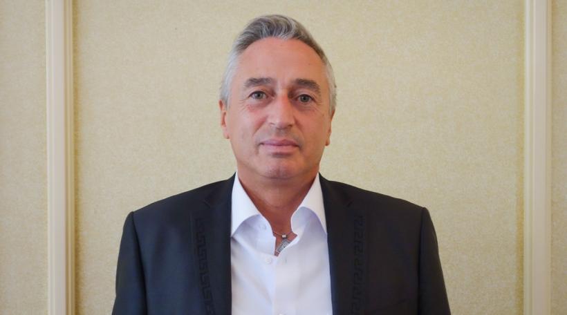 Yves Schmidt