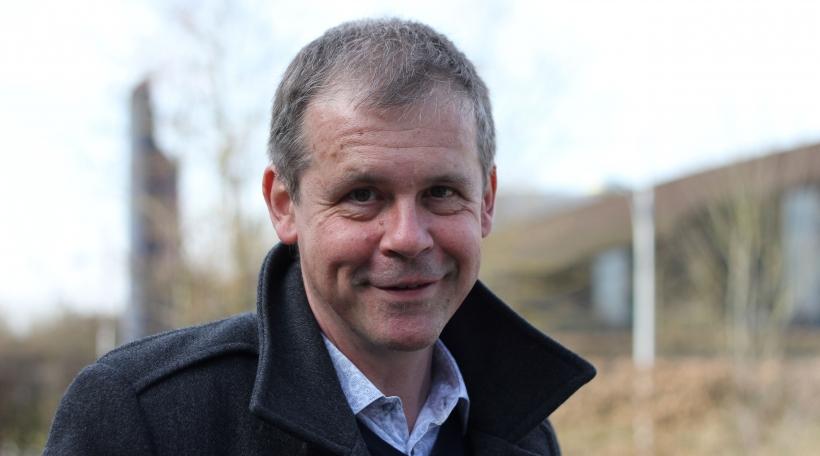 Den Auteur vum Hörspill Charles Meder