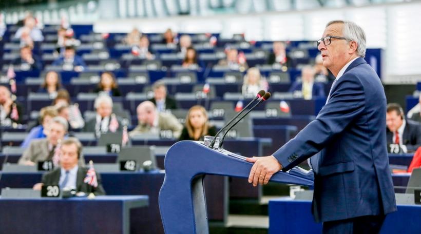 J-C Juncker virum Europaparlament zu Stroossbuerg