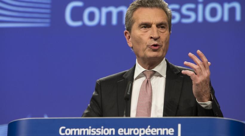 Günther Oettinger EU Kommissär fir de Budget