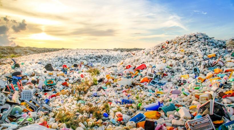Plastikbierg