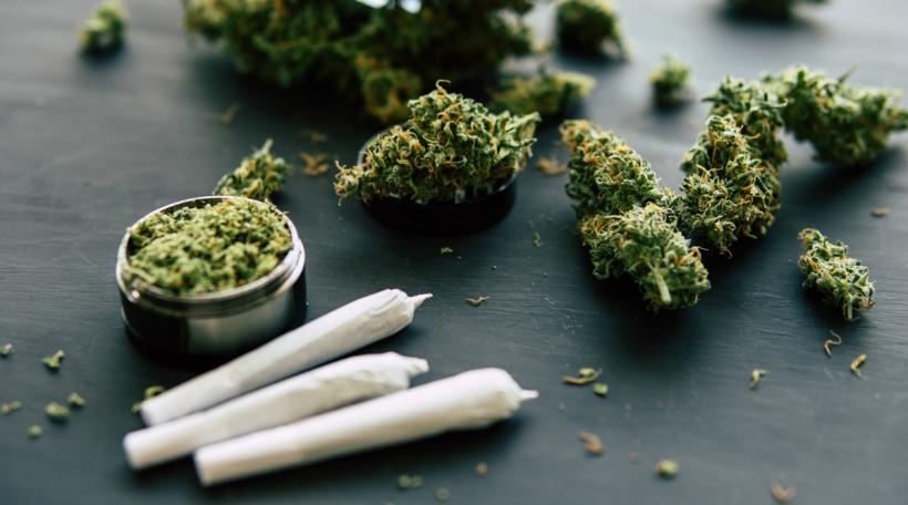 Cannabis mat dräi Jointen
