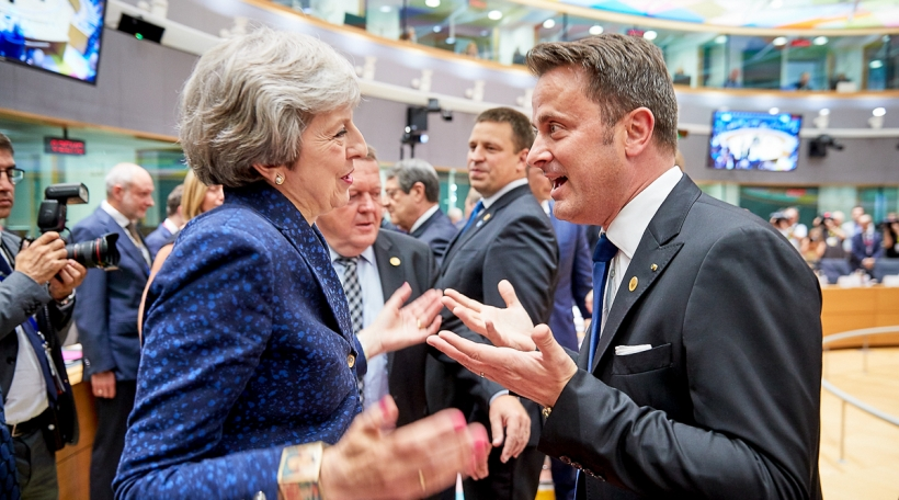 Theresa May a Xavier Bettel um EU-Sommet, Oktober 2018