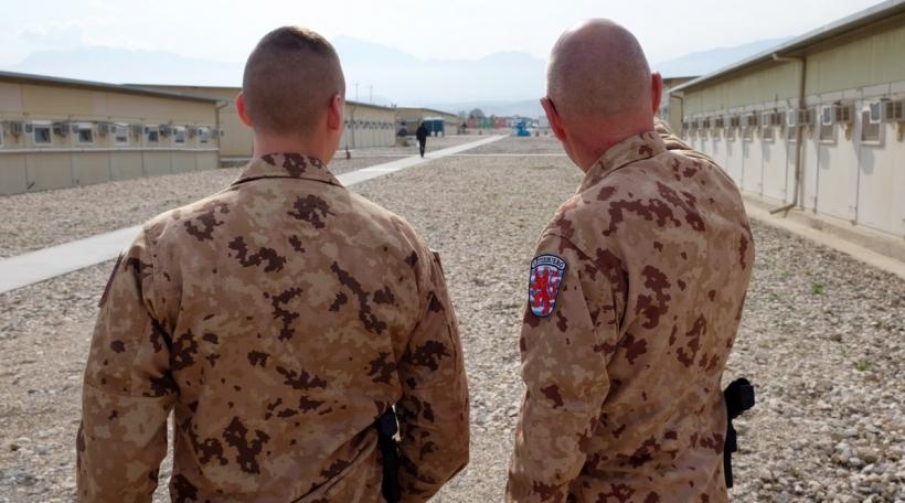 Zwee Lëtzebuerger Zaldoten am Militärcamp zu Masar-e Scharif am Norde vun Afghanistan