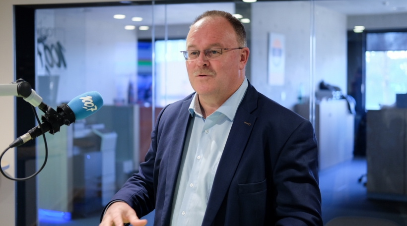 De Landwirtschaftsminister Romain Schneider hält awer u sengen Ziler fest, bis 2025 ee Fënneftel vun der Landwirtschaft op Bio ëmgestallt ze hunn.