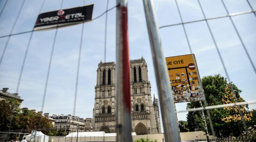 Notre-Dame picture alliance  NurPhoto