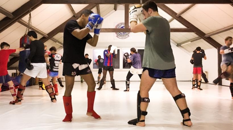 Trainingsraum vum Sandsak Muay Thai Club zu Léiweng