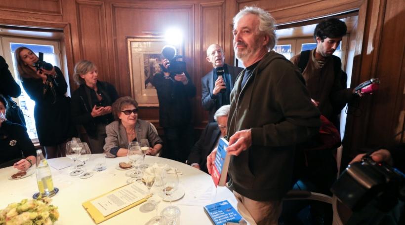 Le gagnet du Goncourt Jean Paul Dubois. Photo: picture alliance/Michel Stoupak/NurPhoto