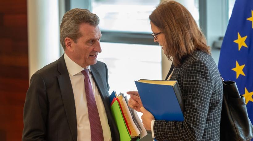 Günther Oettinger an Cecilia Malmström