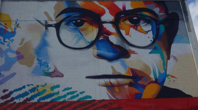 Mauerbild vum Adorno