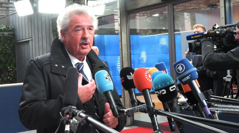 De Jean Asselborn um Bord vum Treffe vun den EU-Ausseminister
