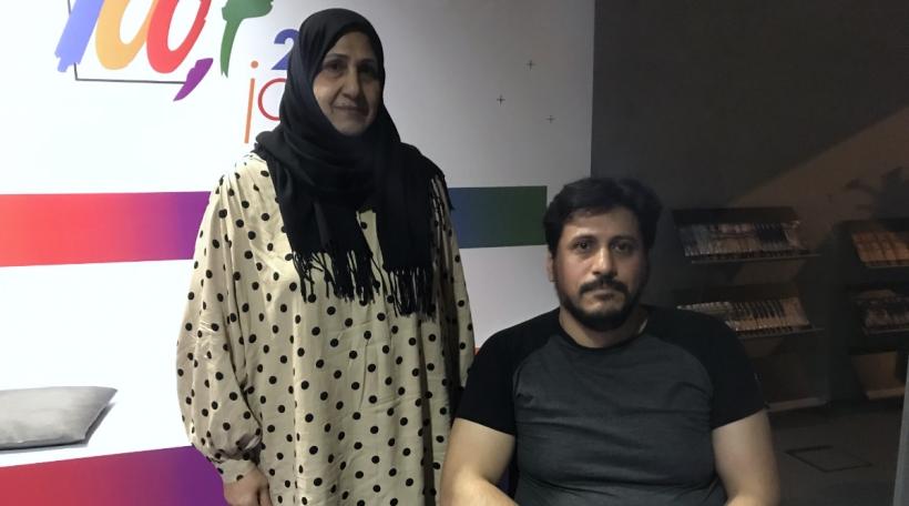 Den Abas Sharef zesumme mat senger Mamm