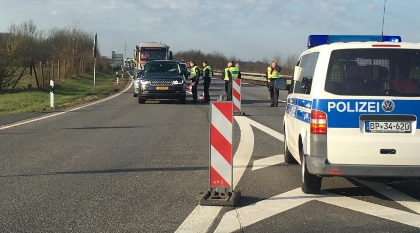 Policekotroll op der däitsch/lëtzebuergescher Grenz (Markusbierg)