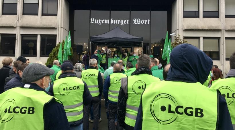 LCGB Protest-Piquet Luxemburger Wort.