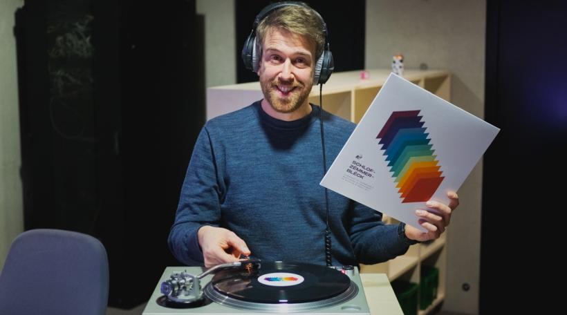 Schlofzëmmerbléck elo op Vinyl