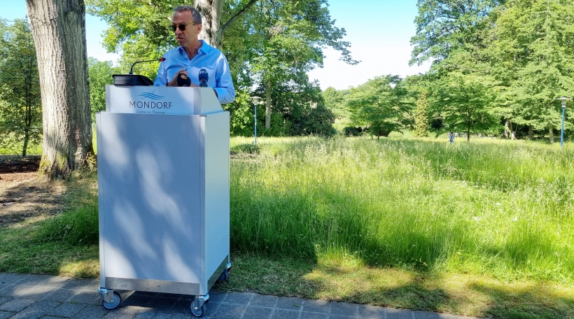 Laurent Loschetter bei Presentatioun vun Open Air Concert mat 1500 Leit