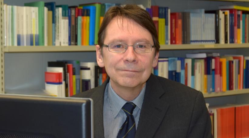Prof Uwe Jun