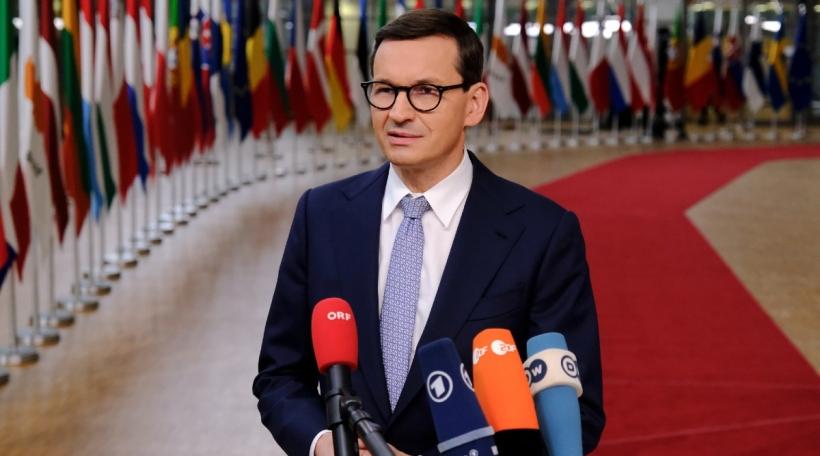 De polnesche Premier Mateusz Morawiezki um EU-Sommet am Oktober 2021